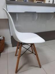 Cadeira Pé Palito Branca