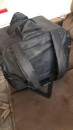 Bag 1 mês de uso!  100 reais tá zera