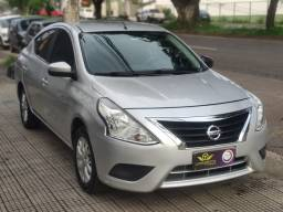 Nissan Versa 1.6 SV Automatico CVT 2017