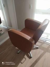 Cadeiras e Lavatório Tanaka