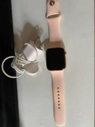 Apple Watch Rosé - Series 5 - 44mm