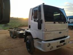 Ford Cargo 1421 - Ano/Mod.: 2001