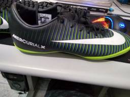 Chuteira Nike Mercurial X verde e preta Futsal