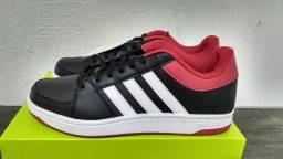 b27e18e535a Tenis Adidas Hoops Vs. Original. Tamanho 40