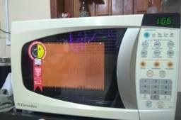 Microondas Eletrolux 20 litros
