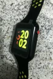 Vendo ou troco Relógio Celular Smart wartch novo com NF Valor 300 avista