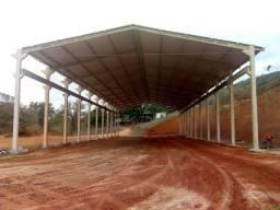 Venda-se ou alugo este galpão de 1.200 m² no município de Cachoeiro de Itapemirim/ES