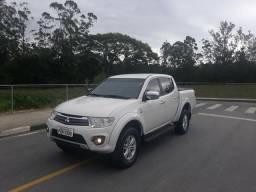 Triton gl diesel 4x4 2018 com apenas 45mil km - 2018