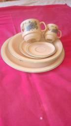 Jogo individual em ceramica Schmidt decorada com fruta