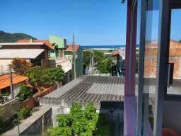 Casa 2 Pavimentos vista mar no Santinho com Escritura Pública pode ser financiada