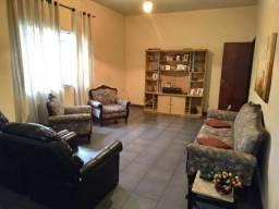 Casa e 2 apartamentos na Voldac