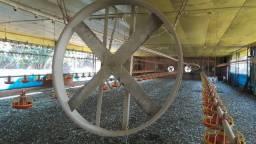 Ventiladores de ferro pra granja