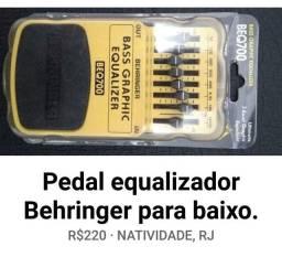Equalizador para baixo BEQ700 Behringer