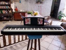 Piano Yamaha P35 perfeito