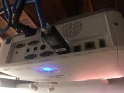 Projetor HD HDMI Nec com lampada nova