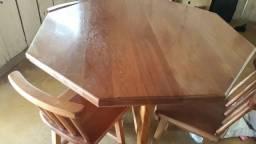 Vende mesa de madeira