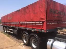 Carrreta Semirreboque Facchini LS Graneleira/ Porta Container