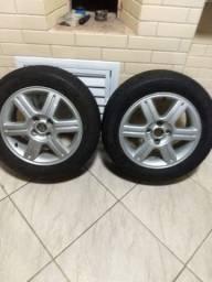 Par de roda vw aro 15, 4x100, com pneus 195/60.