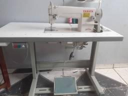 Vendo essa máquina reta industrial apenas 6 meses de uso