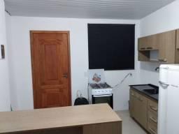 Alugo casa 01 Dormitório semi mobiliada