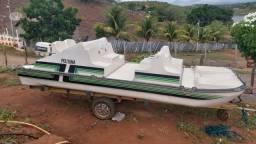 Barco de Fibra Com motor (completo)