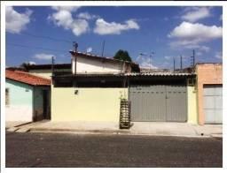 Alugo casa no Mafuá com 96m2, 2 quartos, 2 salas, ótima localização