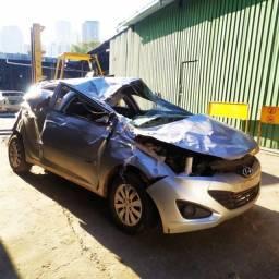 Sucatas De HB20 Sedan e Hatch 2015