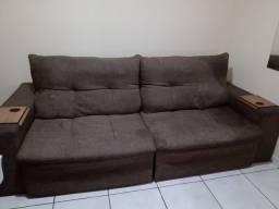 Sofá retrátil e reclinável , quatro lugares
