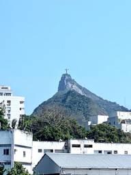 Apto Quarto e Sala no Flamengo