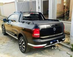 Volkswagen Saveiro Cross 2018 baixo km