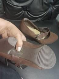 Vários sapatos feminino
