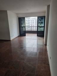 Vendo apartamento 3/4 sendo um suíte,  102m²