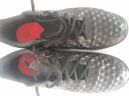 Chuteira Nike usada 2 x