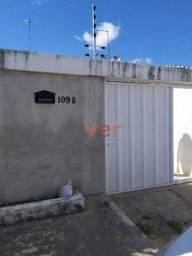 Casa com 2 dormitórios para alugar, 83 m² por R$ 700,00/mês - Residencial Maracanau - Mara