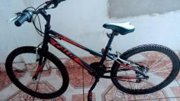 Bicicleta Marca Caloi Semi nova