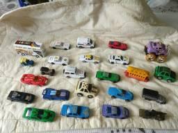 Lote com 24 mini carrinhos de brinquedo, antigos década de 90