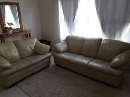 Sofá de couro