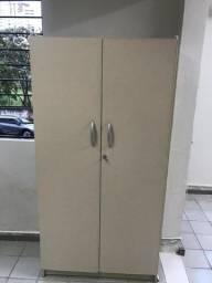 Móveis para escritório usados