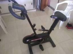 Bicicleta hidrometrica