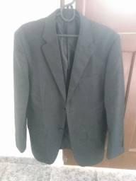 Terno 100 reais, blazers 50, colete social 50