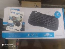 Teclado e mouse Knup na caixa