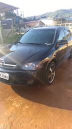 Vendo Astra 2005