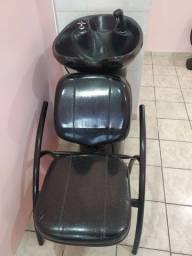 Lavatório e cadeira de cabelereira