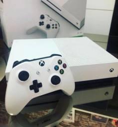 Xbox One s 1tb completo apenas 1.699 (vários jogos e garantia de 3 meses)