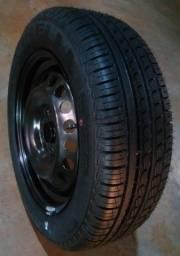 Pneu novo Pirelli Cinturato P7 185 60 15 sem a roda- Ler anúncio - Dispenso curioso.