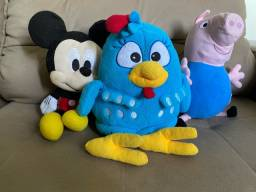 Pelúcias Galinha Pintadinha, Jorge Pig e Mickey Mouse
