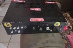 Amplificador e alto falantes