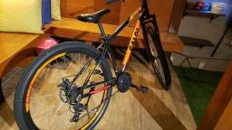 Bicicleta Caloi Aro 29 Freios a Disco Com Suspensão