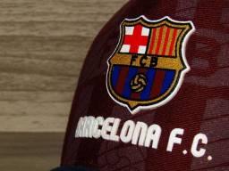 Boné Barcelona - Primeira linha (Vermelho c/azul)