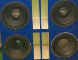 Vendo 4 altos falantes oversound 800 rms